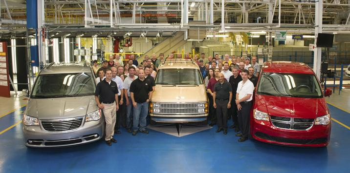 30th_Anniversary_Minivan_Windsor_Assembly_Plant__mid